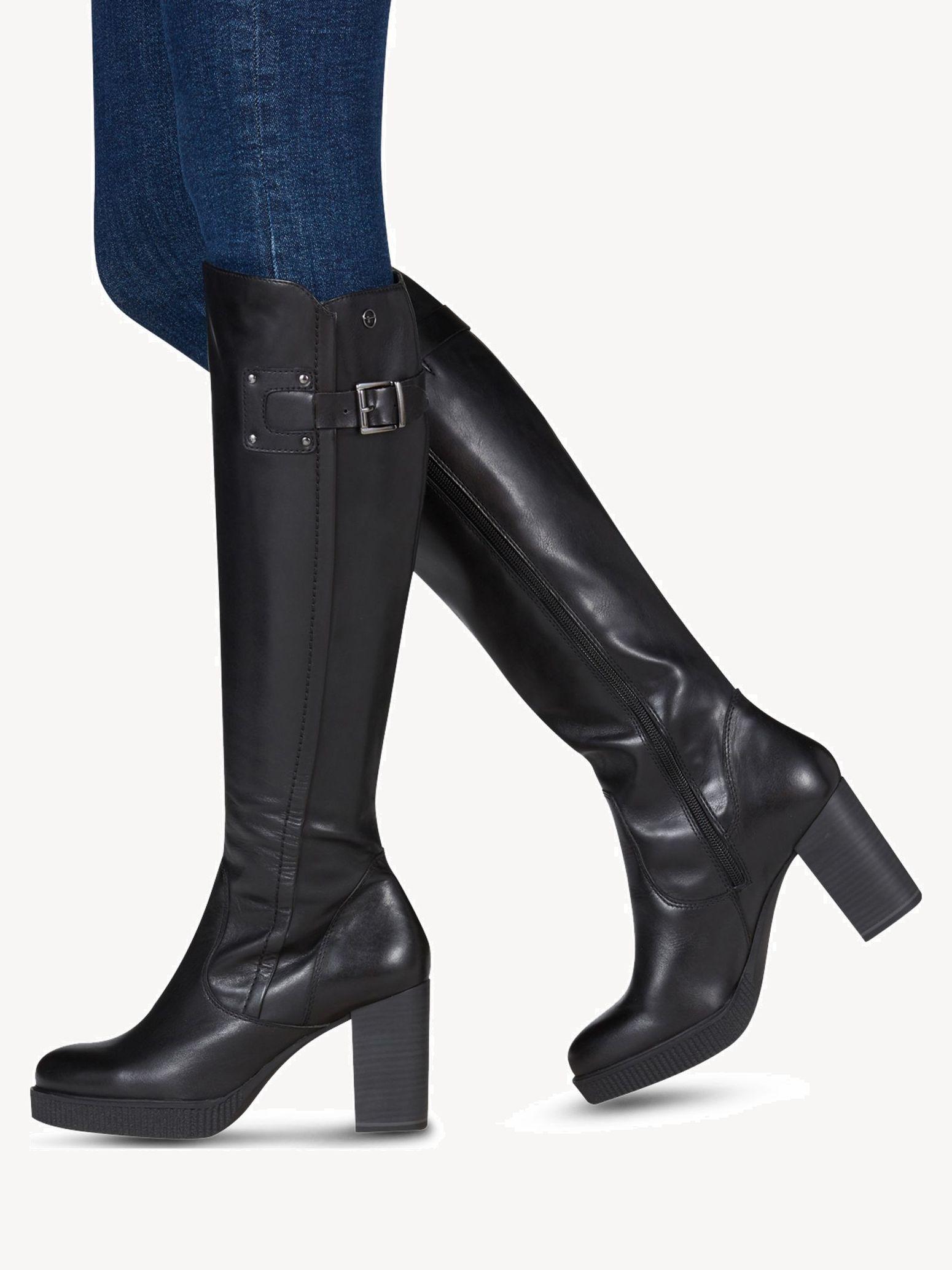 Mandi Boots