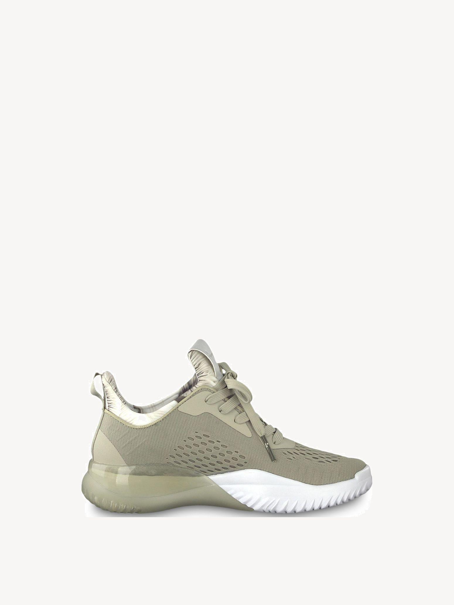 Alpha Low shoes